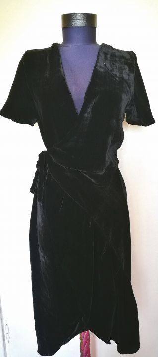 Rochie neagra din catifea de matase