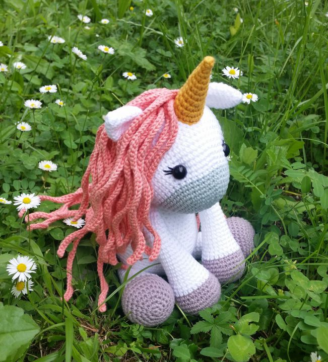 Amigurumi unicorn crosetat