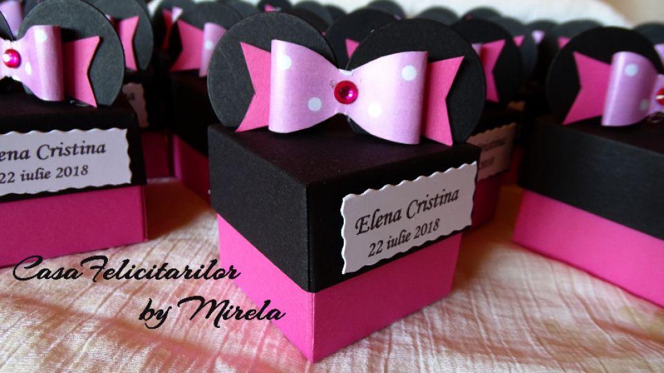 Cutii Pentru Marturii Botez Fetite Minnie Mouse Pe Roz Breslo