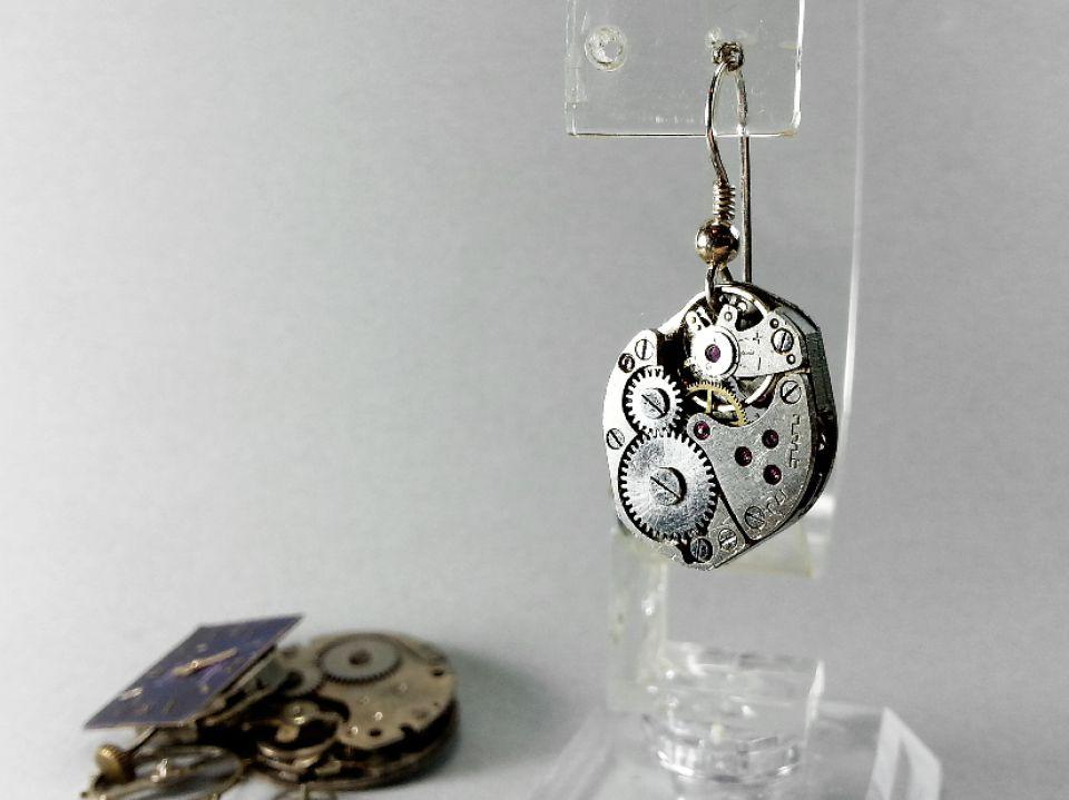 Cercei steampunk cu mecanism de ceas vechi vintage
