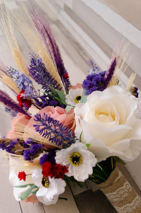 Buchete de mireasa din flori artificiale