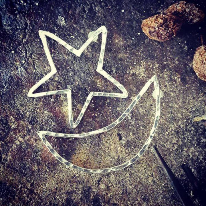 Cercei cu tija, supradimensionati,  asimetrici, din argint 925, stea si luna