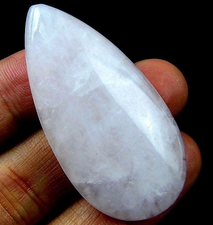 Cabochon rose quartz