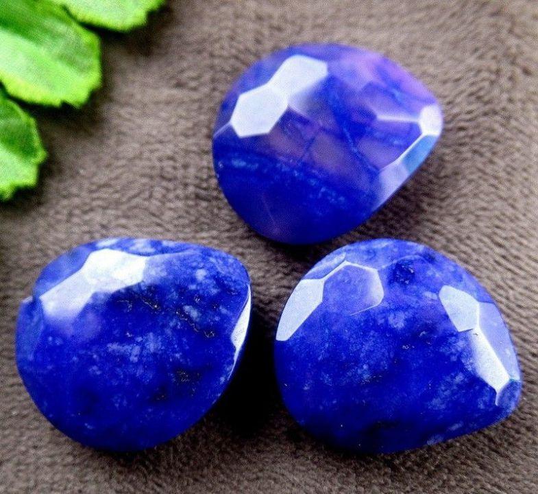 Cabochon blue jade fatetat