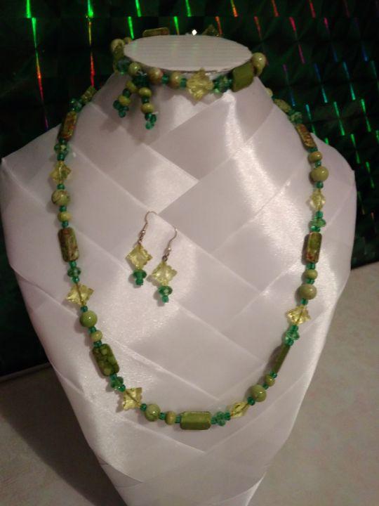 Set bijuterii verzi fantezie