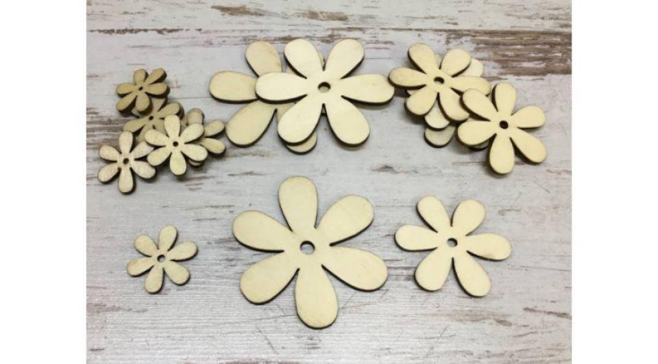 Figurine din lemn -flori diferite marimi 15buc/set