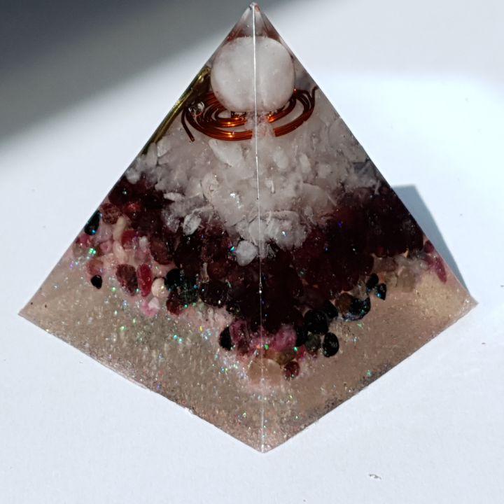 Piramidă orgon Heart pentru dragoste