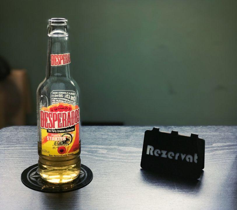 Placuta personalizata din vinyl REZERVAT cafenea/pub/bar/restaurant