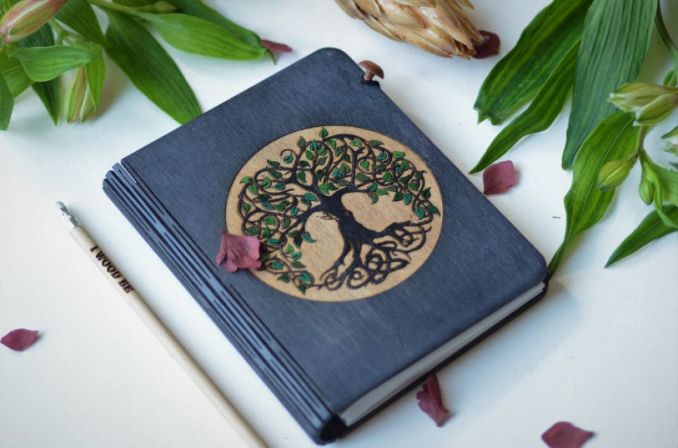 Agenda lemn Black Tree of Life