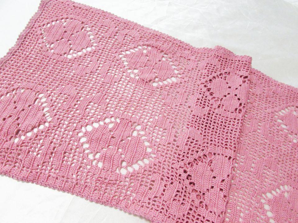 Dantela bumbac crosetata manual roz venetian