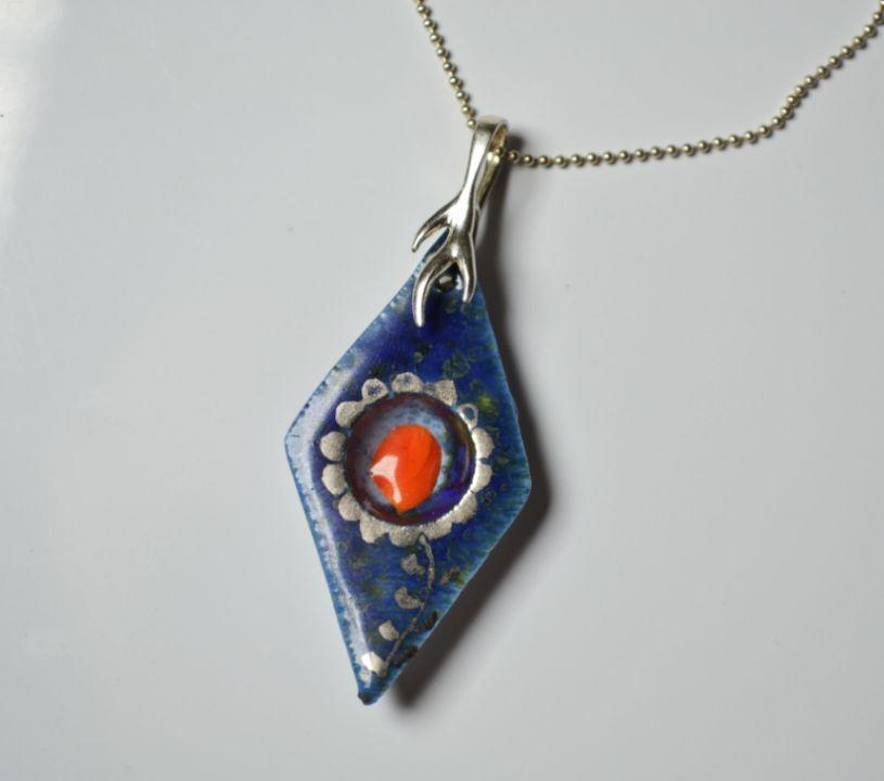 pandantiv din portelan, sticla, platina lichida si accesorii din argint - FLORAL